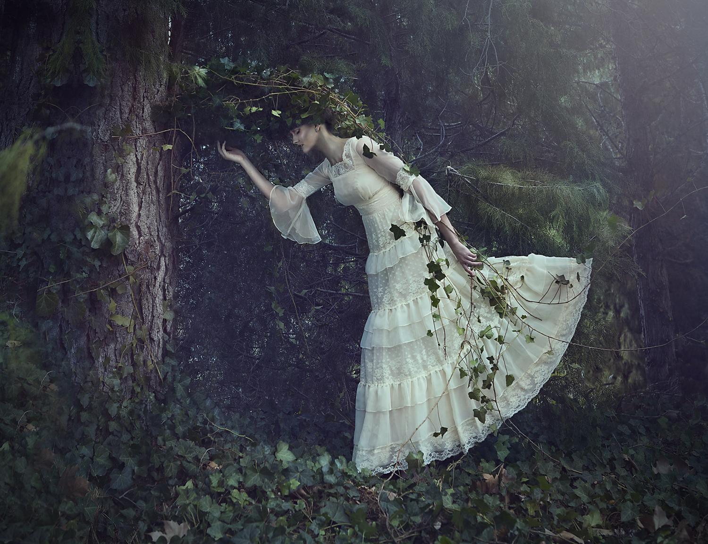 Lori-Cicchini-LORIANA-Fotografia-Rhiannon-Lawrence-makeup-Liz-Bomben-Absorbed